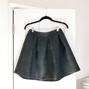 Express green textured skirt